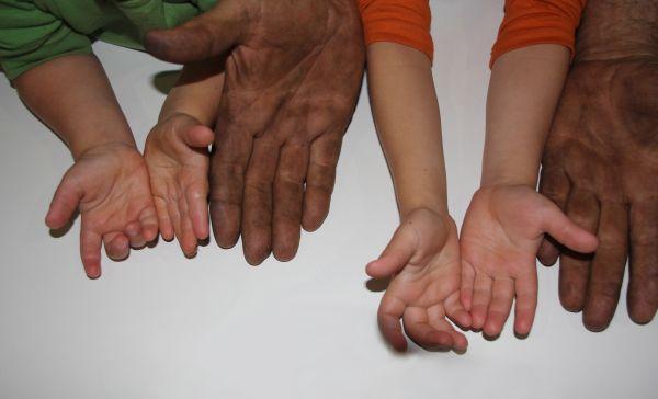 Hands_edit